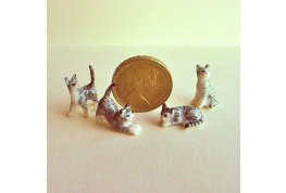 24th scale Family Of  Grey Tabby Cats