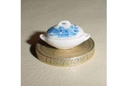 24th Scale Veg Tureen Blue And White