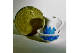 24th Scale China Blue And White Jug & Bowl