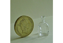 Fine  Quality Square Glass Decanter
