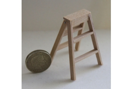 Pine Step Ladder