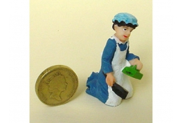 24th Scale Parlour Maid