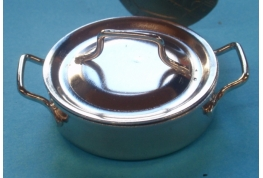 Casserole with Lid  - Medium
