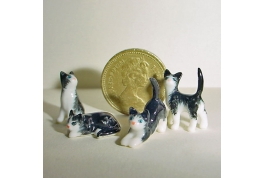 24th Scale Set Of Black And White Cats